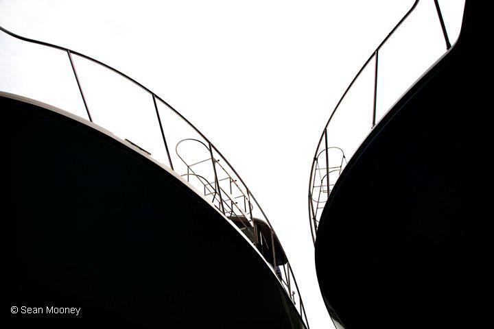 B&W Boat Hulls