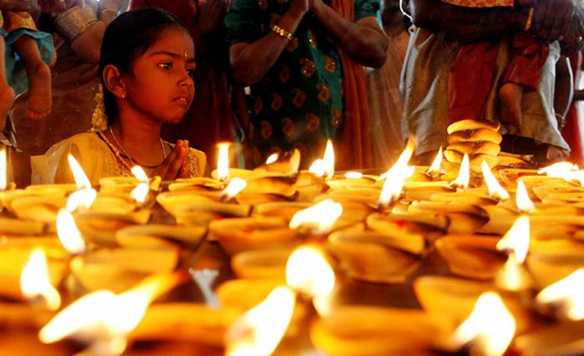 Lit candles at Hindu Festival