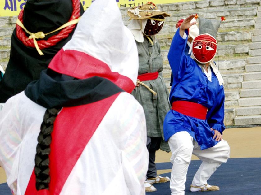 Byeolsandae-nori at Yangju, Andong Msk Festival, Korea